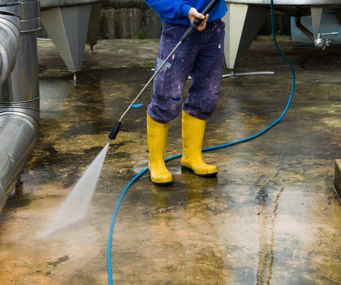 Surface Cleaning with chemical dosing